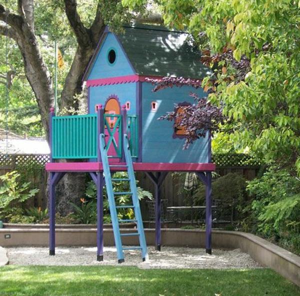 fantastische-spielhäuser-im-garten-für-die-kinder-