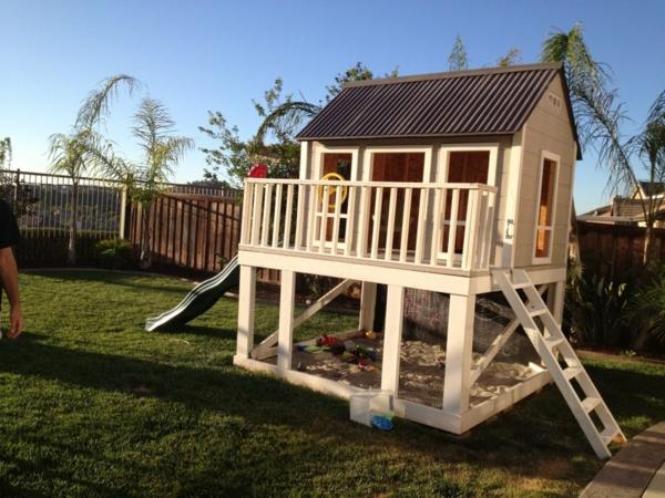 Holz Spielhaus Zum Selber Bauen ~ Schaukel, Kletterwand und Rutsche – ein echtes Kinderparadies!