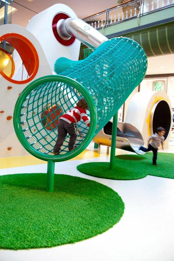 fantastischer-spielplatz-abenteuer-zimmer-für-kinder