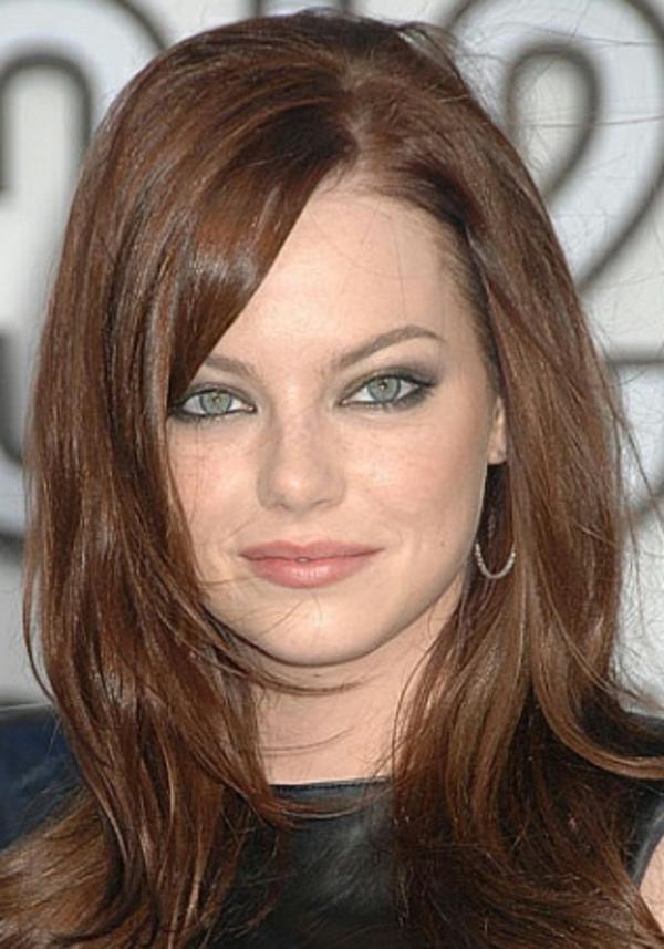 Frisuren für runde Gesichter - wunderschöne lange haare