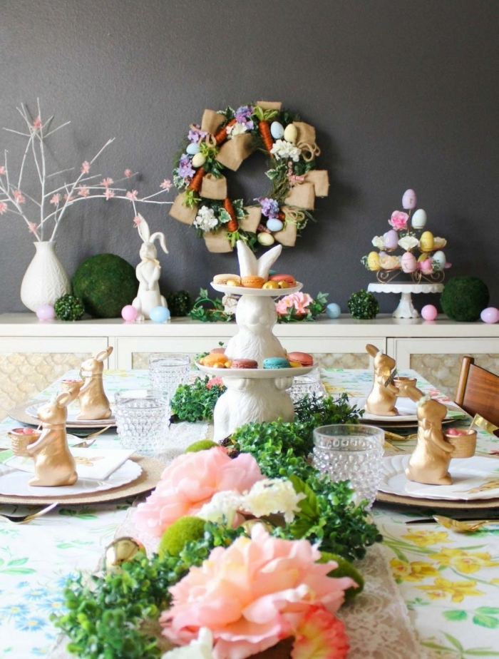 frühling deko tisch gesteck, partydeko zum ostern, osternparty dekoideen, tischläufer aus pflanzen