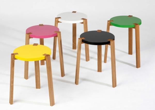 schwedisches Möbel - kleine süße bunte hocker