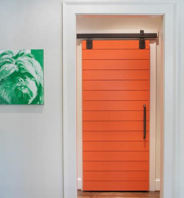 holztür-innen-interior-design_ideen-moderne-ambiente-innetür-in-orange