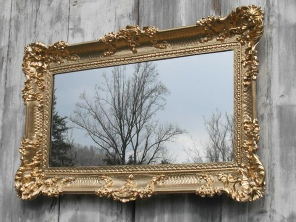 barock spiegel - interessantes modell-draußen gestellt