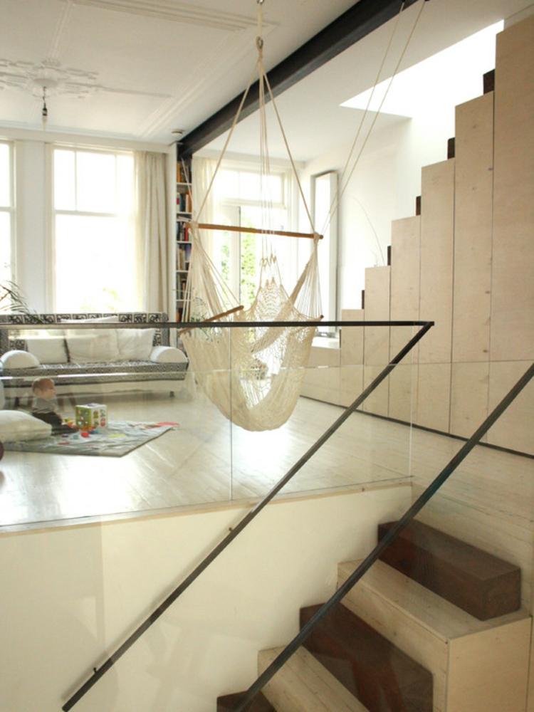 hängematte-wohnzimmer-schuakel-beige-edel-modern-schlicht-schick-design