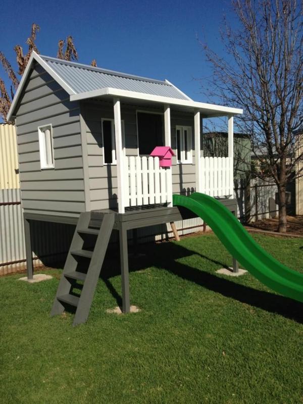 garten kinderhaus m bel inspiration und innenraum ideen. Black Bedroom Furniture Sets. Home Design Ideas