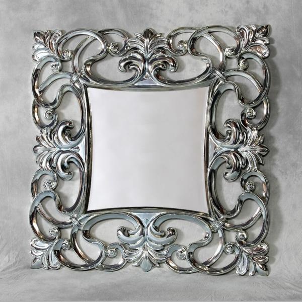 barock spiegel - qzadratisches modell an der wand