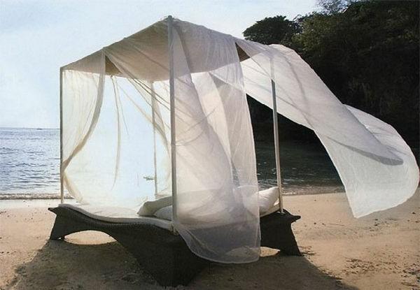 romantische liebe inspiration - lounge bett am strand