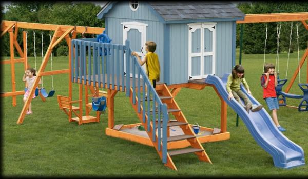 moderne-spielgeräte--schaukel-mit-rutsche-spielplatz