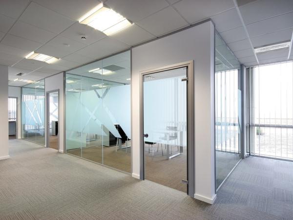 Moderne innentüren aus glas  Glastüren für Innen - modern und elegant! - Archzine.net