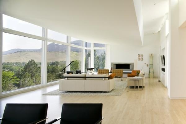 modernes-wohnzimmer-unikale-ferienwohnung-minimalistisches-design