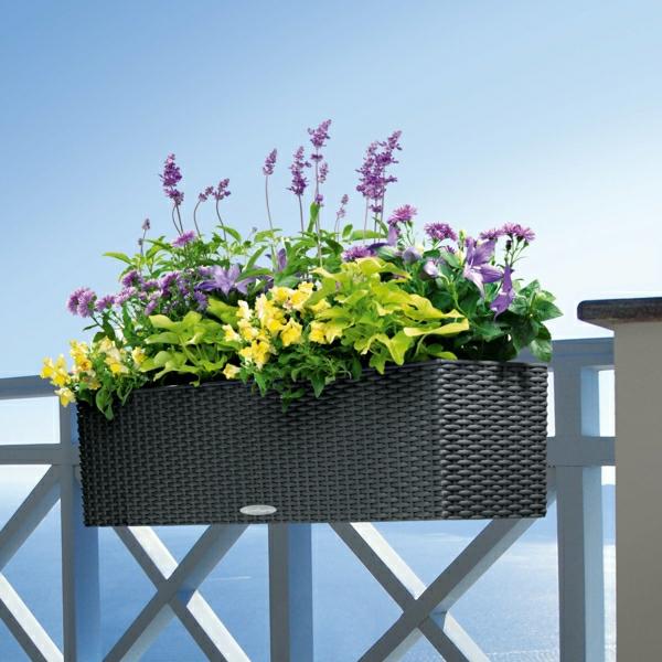 rattan-blumenkasten-balkon-ideen-für-draußen-balkongestaltung