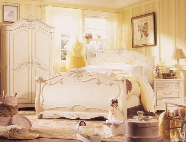 romantische liebe inspiration -  schönes schlafzimmer mit gelben wänden