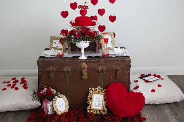 romantische berraschung zum valentinstag. Black Bedroom Furniture Sets. Home Design Ideas