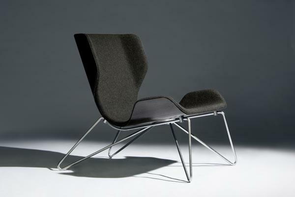 schwedisches Möbel - schwarzer moderner stuhl