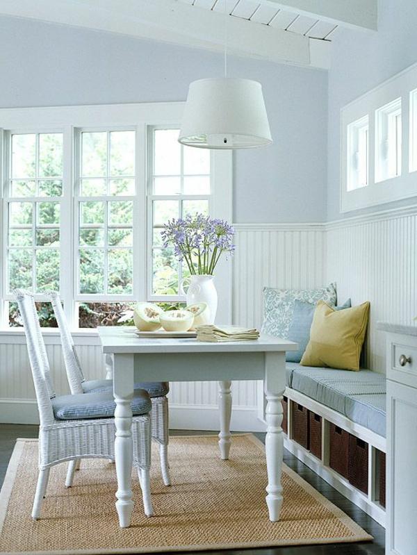 schönes-interior-design-ideen-sitzbank-holz-im-esszimmer-