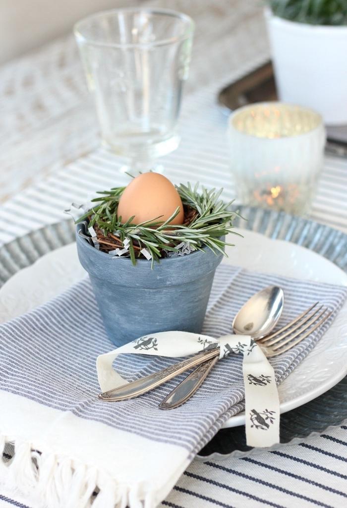 schöne ideen zum selber machen, tisch dekorieren, osterdeko basteln, osternest