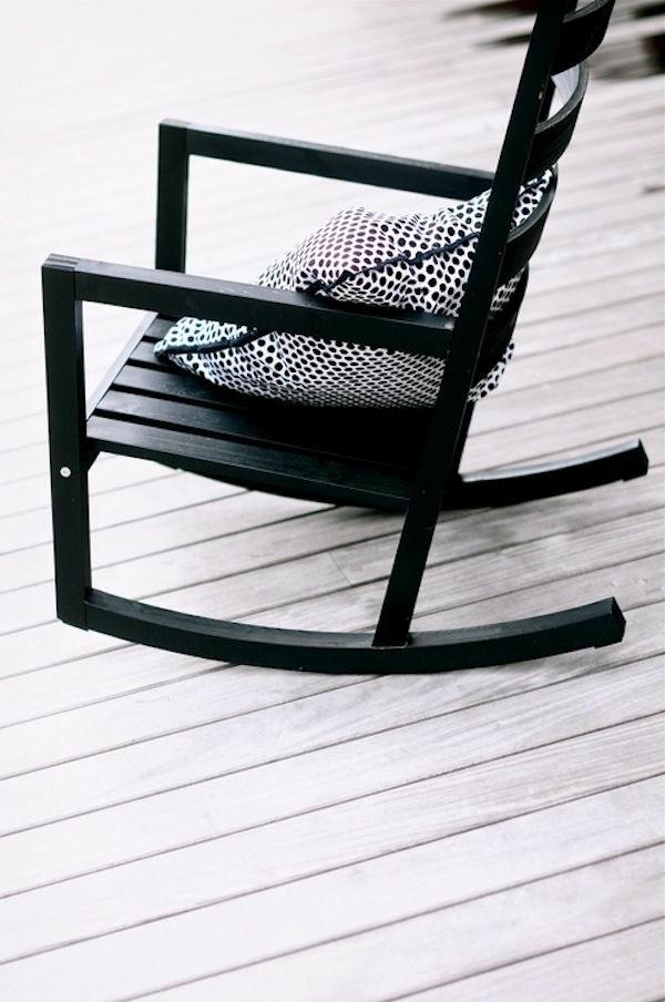 schwarze-schaukelstühle-mit-super-tolle-design-fantastische-wohnideen