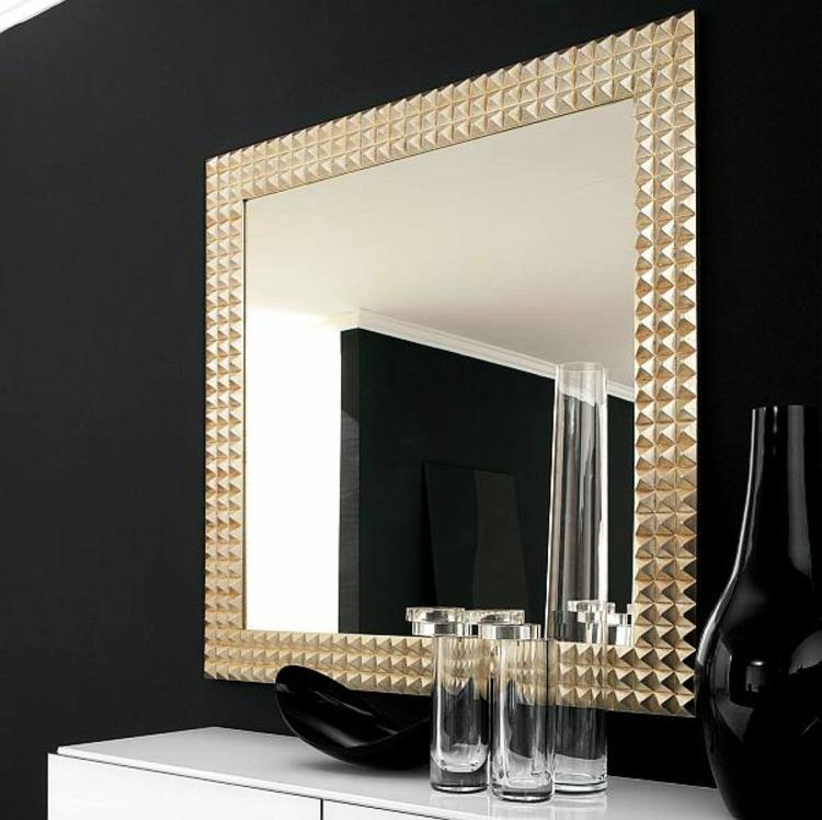 spiegel-gold-besonder-schick-edel-modern-stylisch-neu-romboide-rahmen