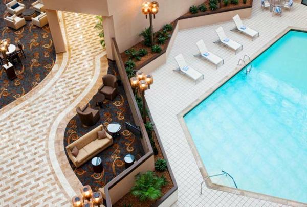 super-moderne-architektur-ferienwohnung-mit-pool-