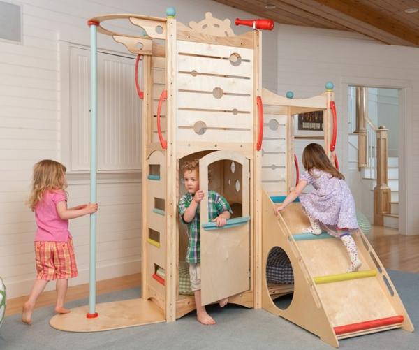 tolle-einrichtungsideen-für-das-kinderzimmer-spielplatz_indoor-design-ideen-holz-spielhaus