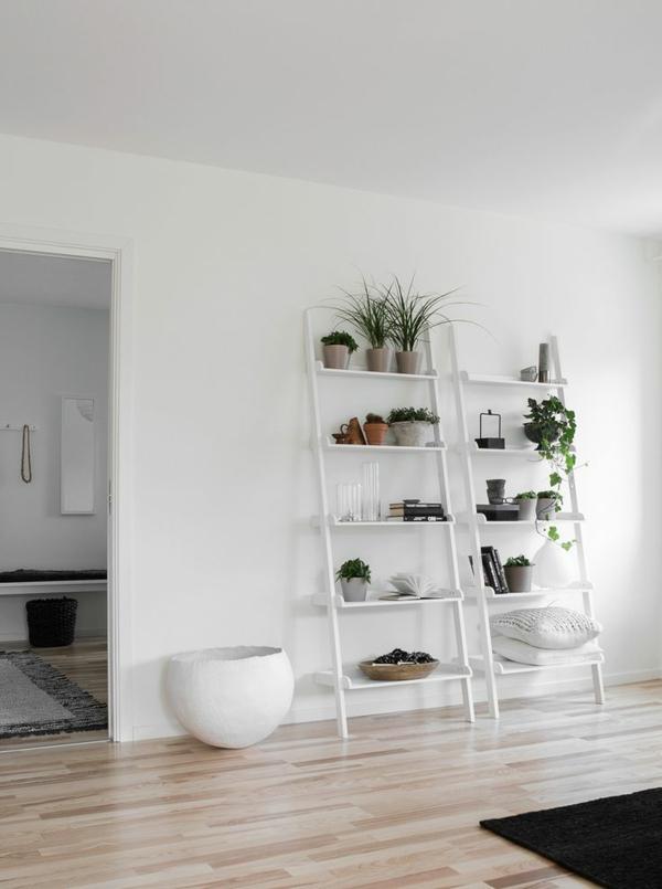 toller-leiter-aus-holz-in-weiß-schöne-interior-design-ideen