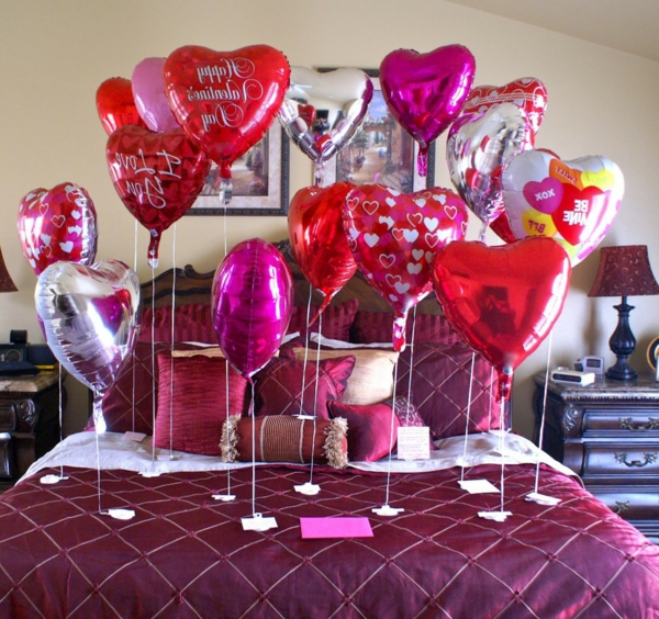 Valentinstag Ideen Valentinstag Geschenke Romantische Ideen  Schlafzimmer Deko