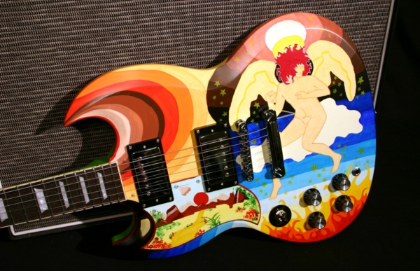 vintage-guitars-buntes-interessantes-design