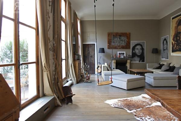 holzschaukel f r den innen und au enbereich. Black Bedroom Furniture Sets. Home Design Ideas