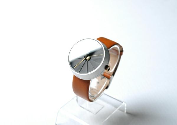 4-dimensionen-uhren-ganz-cooles-design-