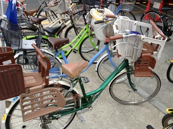 Fahrradsitz-Kinder-modernes-praktisches-Modell-
