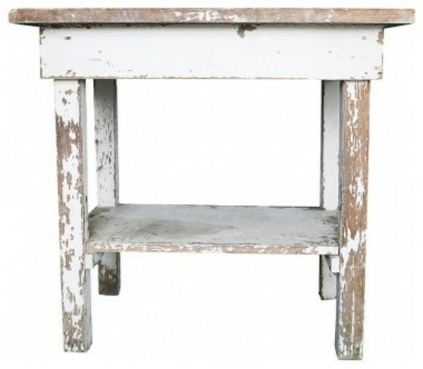 attraktiv-gestalteter-und-schön-aussehender-vintage-tisch-weißes-kleines-sehr-süßes-modell