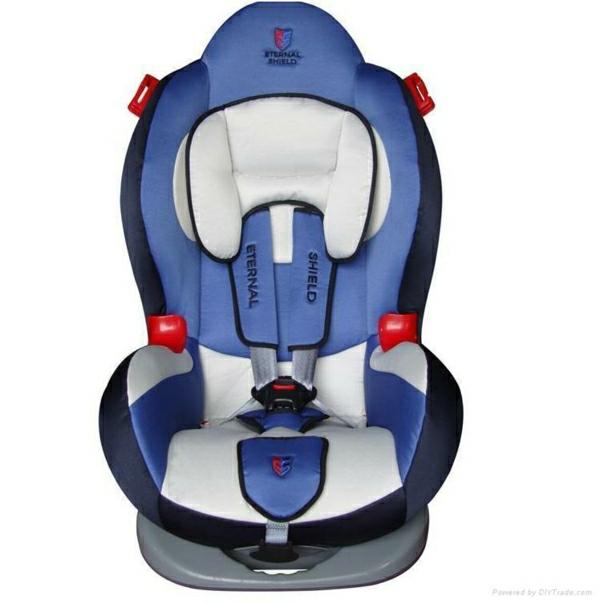 --autokindersitz-modernes-design-sicherheit-im-auto-
