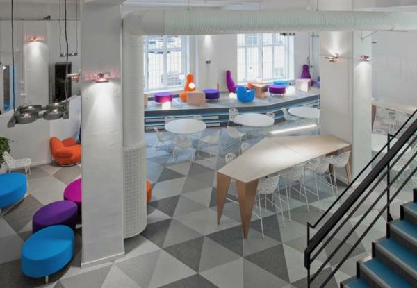 büroraum-gestalten-ultramodernes-aussehen-weiße-farbe