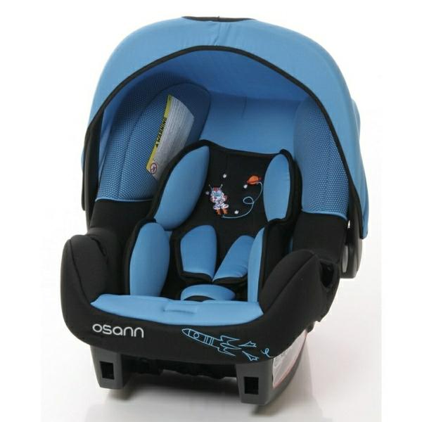 blaue-kindersitze-test-autokindersitz-baby-autositz-test-babyschalen