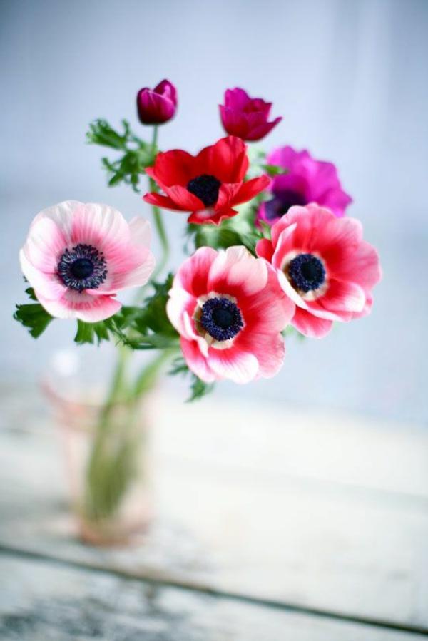 blumendeko-blumen-in-einer-vase