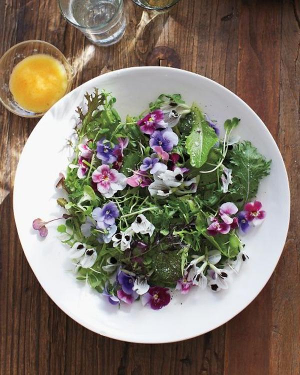 -blumendeko-für-die-salate-blumen-zum-essen