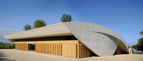 -chateau-cheval-blanc-architektur-organisch-gesundes-bauen-organische-bauen
