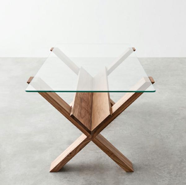 coole-designer-möbel-tisch-aus-holz-und-glas