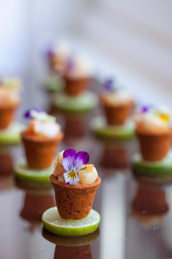 cupcakes-speisen-deko-floral-blumen-essen-