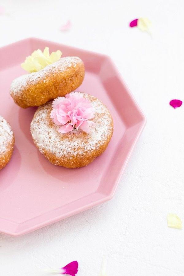 deko-idee-blumen-zum-essen-cupcakes-verzieren