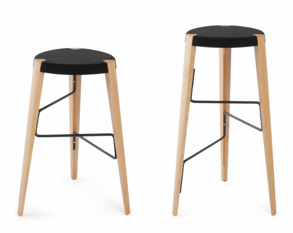 designer-hocker-zwei-elegante-stücke