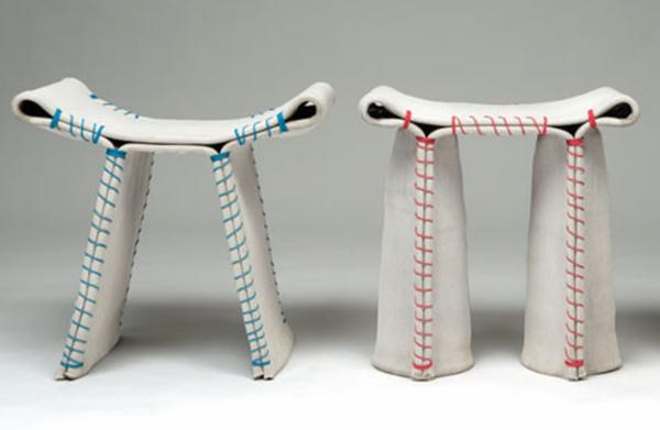 designer-hocker-zwei-interessante-stücke