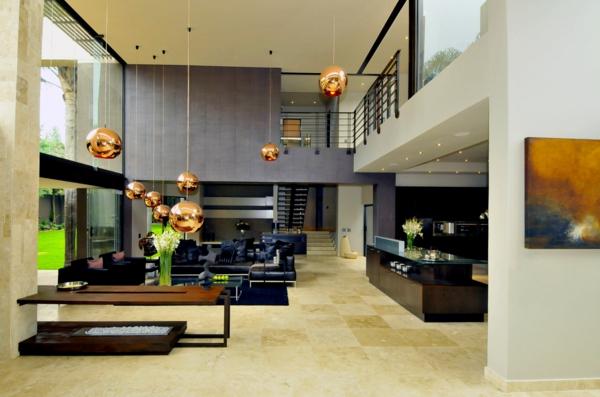 ein-luxus-haus-vom-innen-inneneinrichtung