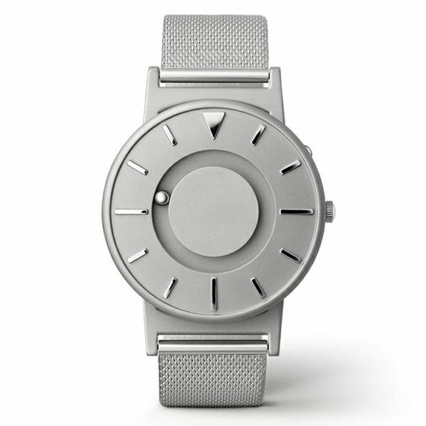 eine-weiße-armbanduhr-damen-uhren-kaufen-teure-uhren-