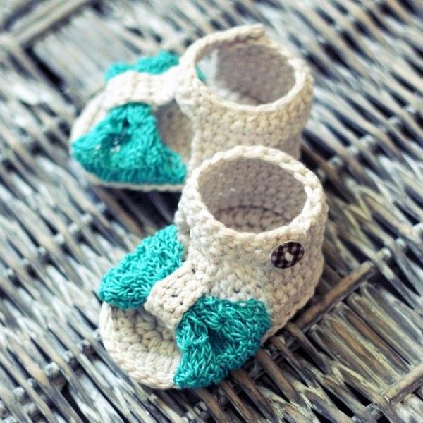 fantastische-babyschuhe-mit-super-schönem-design-häkeln-tolle-praktische-ideen---