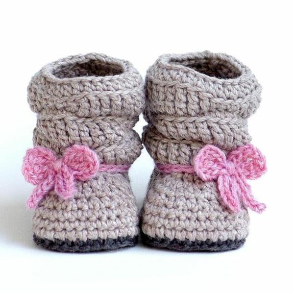 -fantastische-babyschuhe-mit-super-schönem-design-häkeln-tolle-praktische-ideen--