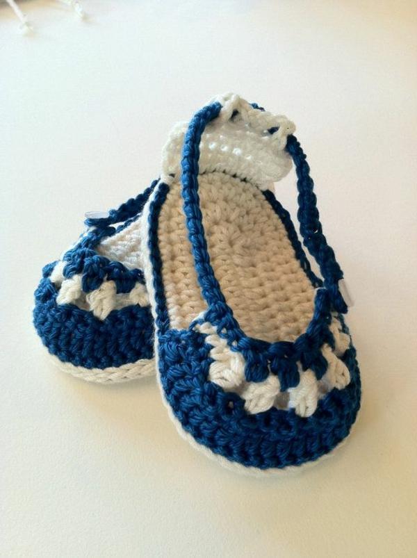 -fantastische-babyschuhe-mit-super-schönem-design-häkeln-tolle-praktische-ideen---