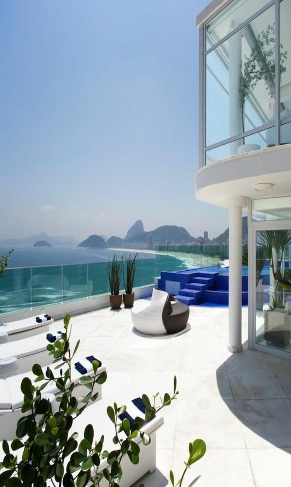 fantastische-luxus-immobilien-haus-am-strand-mit-ultra-moderner-terrasse