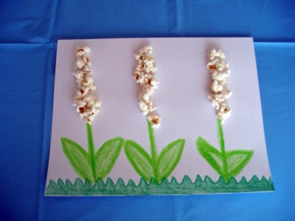 frühling-im-kindergarten-blumen-aus-popcorn-ein sehr schönes bild